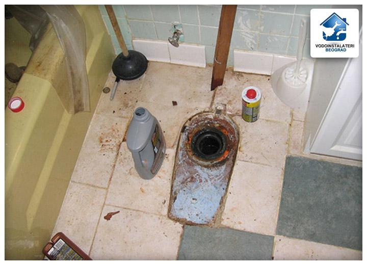 Zagušenje wc šolje i prelivanje wc šolje