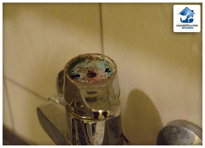 Zamena mešača vode u slavini - Vodoinstalateri Beograd Tim